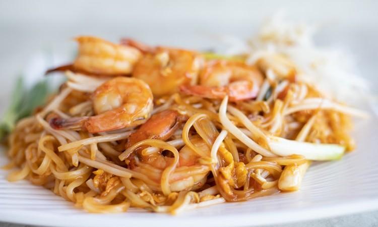 Resep Pad Thai Masakan Thailand Berbahan Mie Jual Garam Beryodium Berita Artikel Pabrik Garam Industri Konsumsi Pt Sumatraco Langgeng Makmur Surabaya
